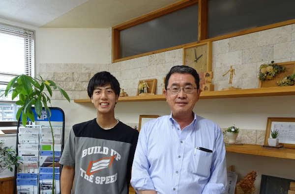 村瀬さん東城と事務所で一緒に撮影